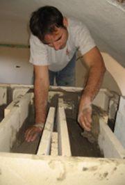 Montaggio della stufa in maiolica 4