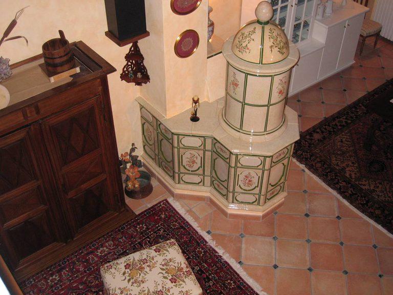 Castel Fiore stufa in maiolica vecchia maniera colorata 001