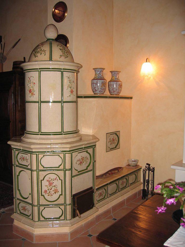 Castel Fiore stufa in maiolica vecchia maniera colorata 002