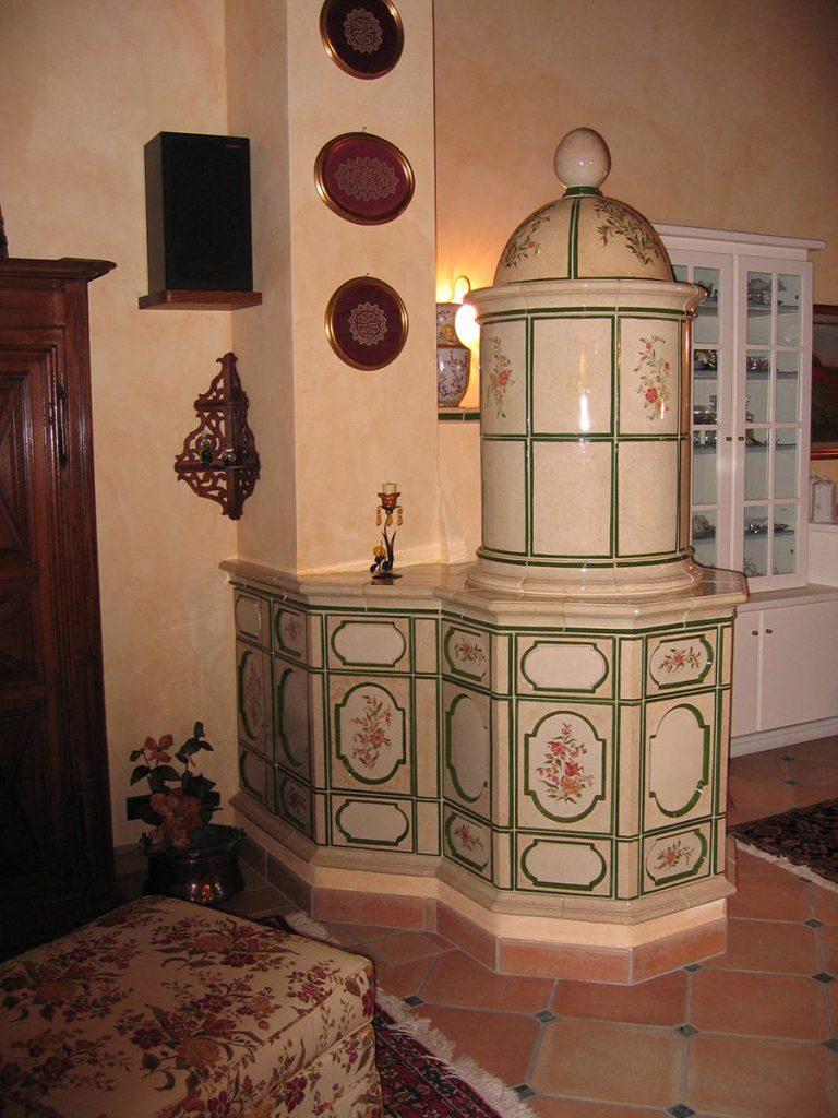 Castel Fiore stufa in maiolica vecchia maniera colorata 003
