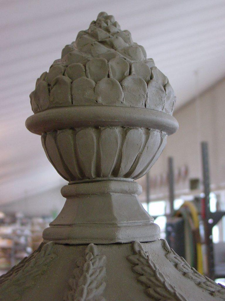 Maioliche Cupole e pigne 001