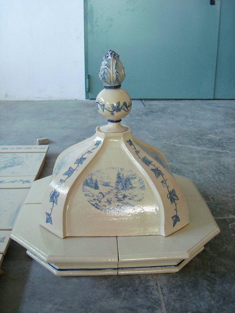 Maioliche Cupole e pigne 003