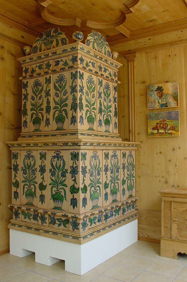 Sfruz stufa in maiolica vecchia maniera colorate 001
