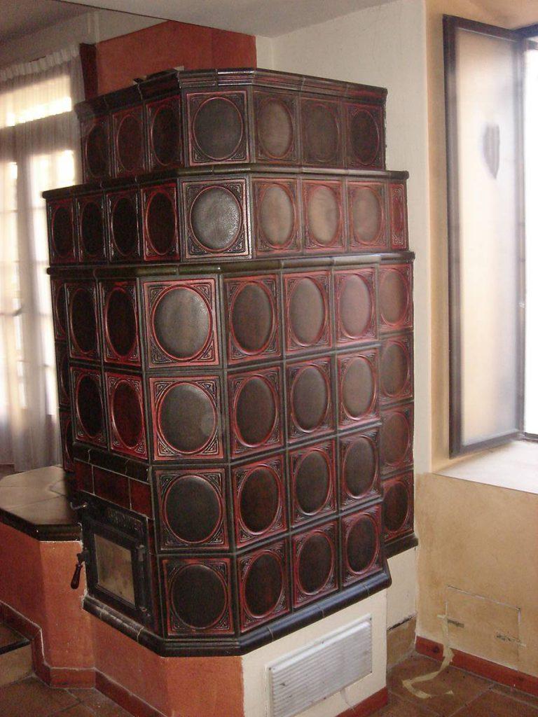 Zanoni stufa in maiolica a parete 004