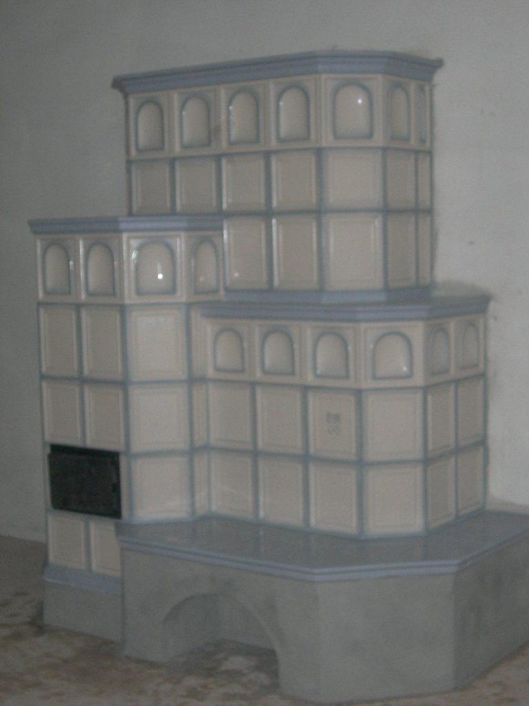 Zanoni stufa in maiolica a parete 006