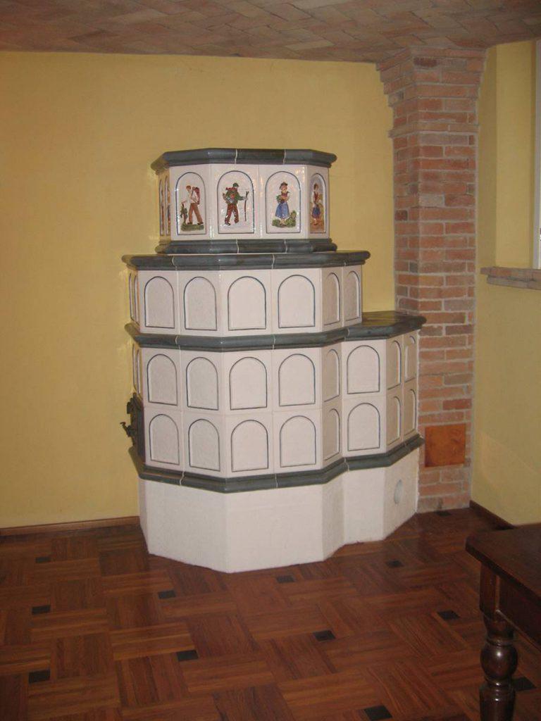Zanoni stufa in maiolica a parete 011